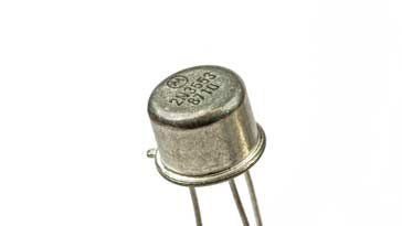 2N3553 transistor in a TO39 metal can
